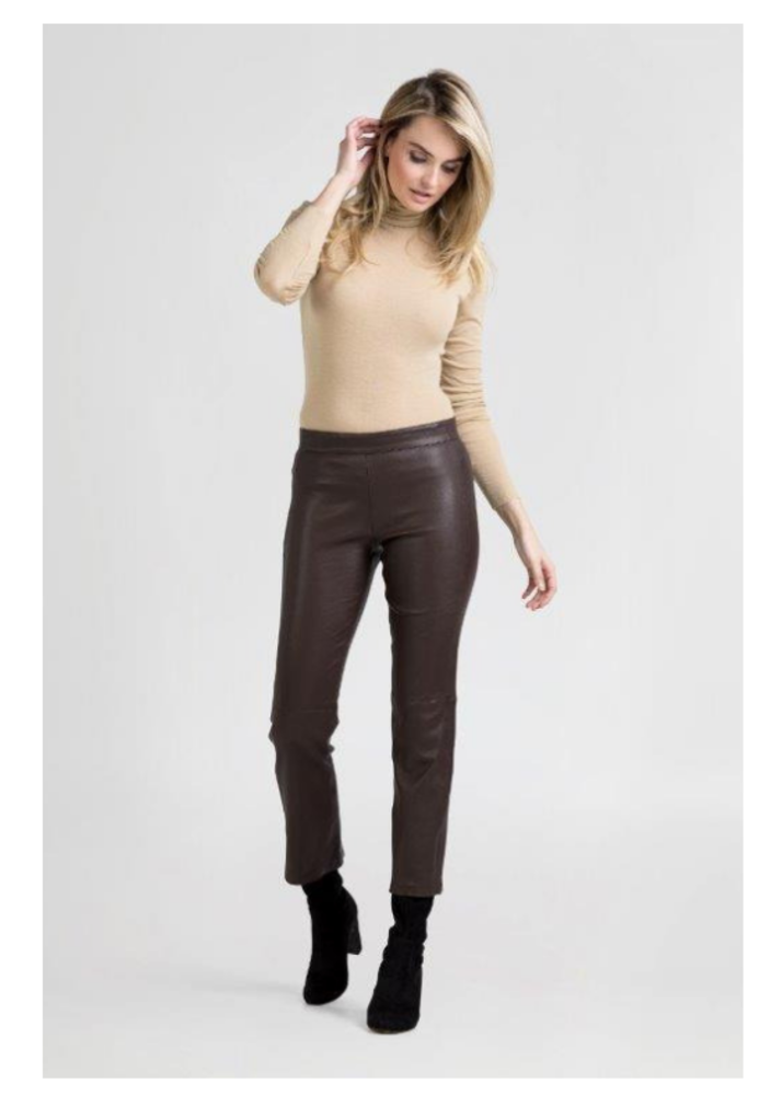 BIRKEN Brown Cropped Pants