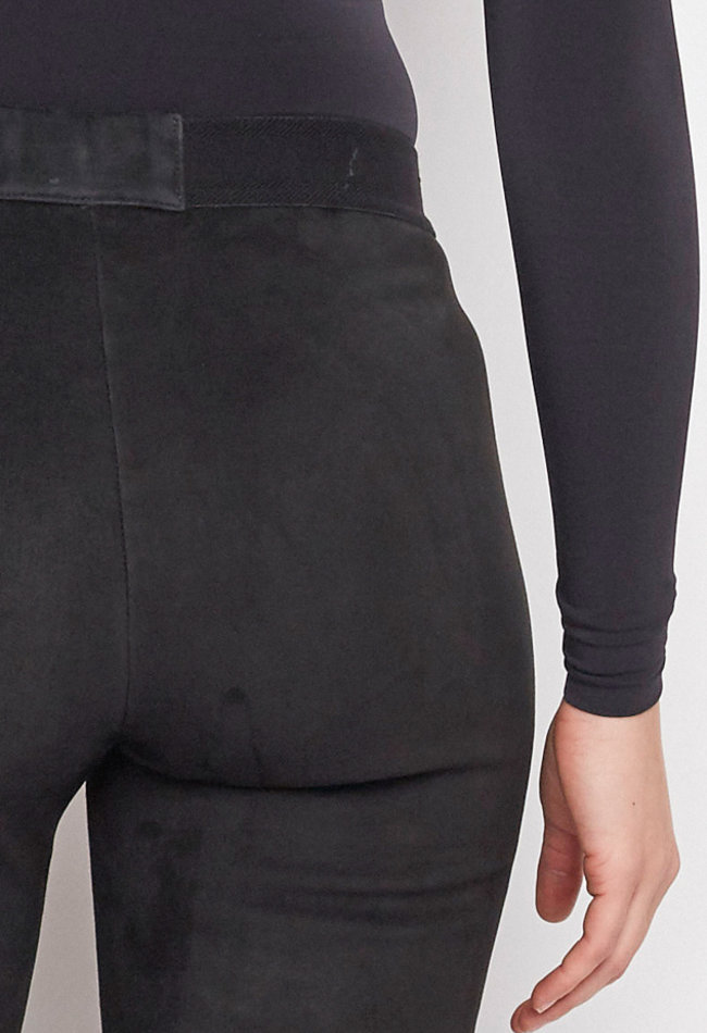 ZINGA Leather VELOURSLEDER LEGGINGS IN SCHWARZ AUS LAMMVELOURS | UMA 4999