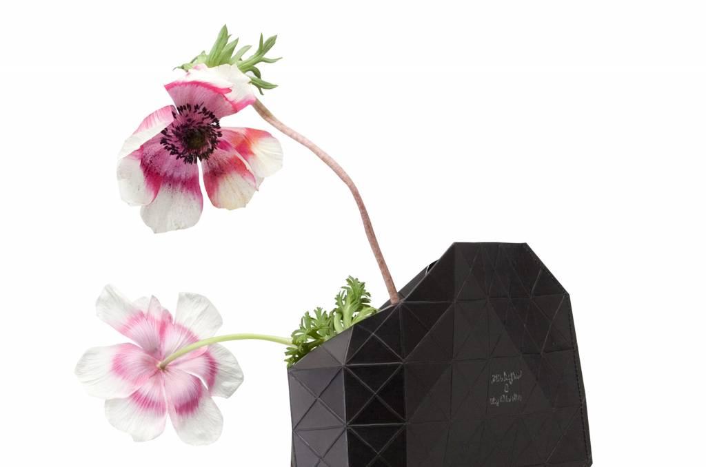 Paper Vase Cover Black-2