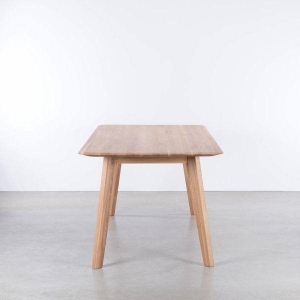 bSav & Okse Samt table Oak