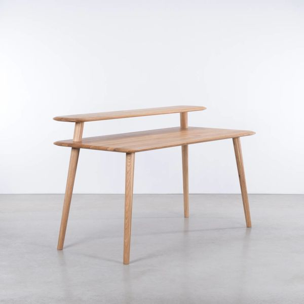 bSav & Okse Olger Desk Oak