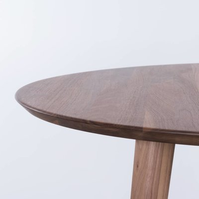 Sav & Okse Tomrer round table Walnut
