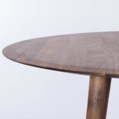 Sav & Okse Olger round table Walnut