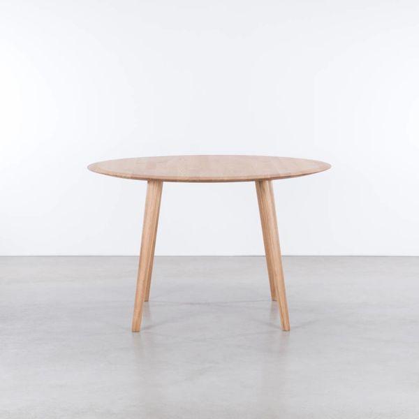 bSav & Okse Olger round table Oak