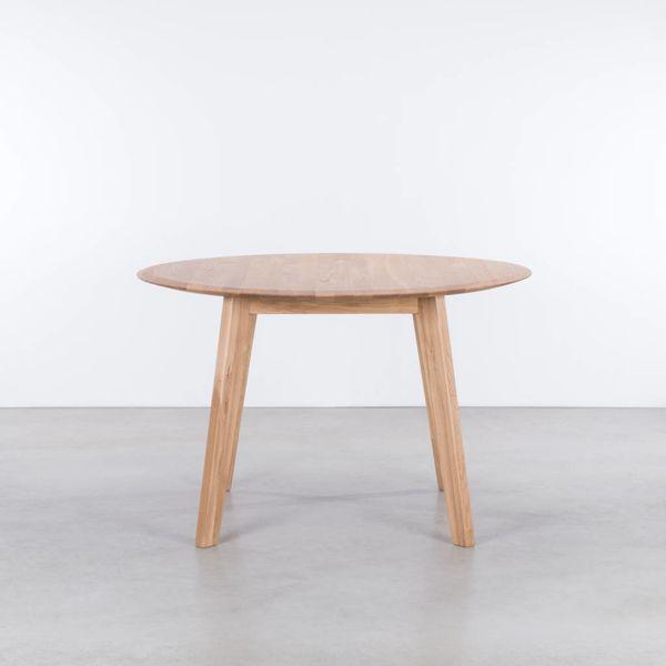 bSav & Okse Samt round table Oak