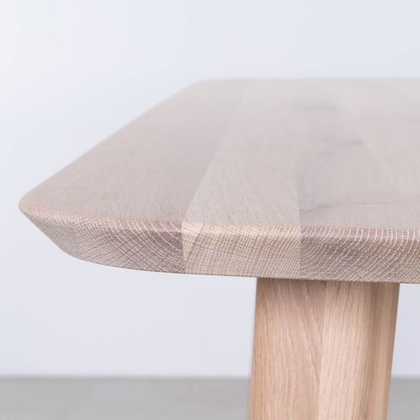 bSav & Okse Tomrer Table Oak Whitewash