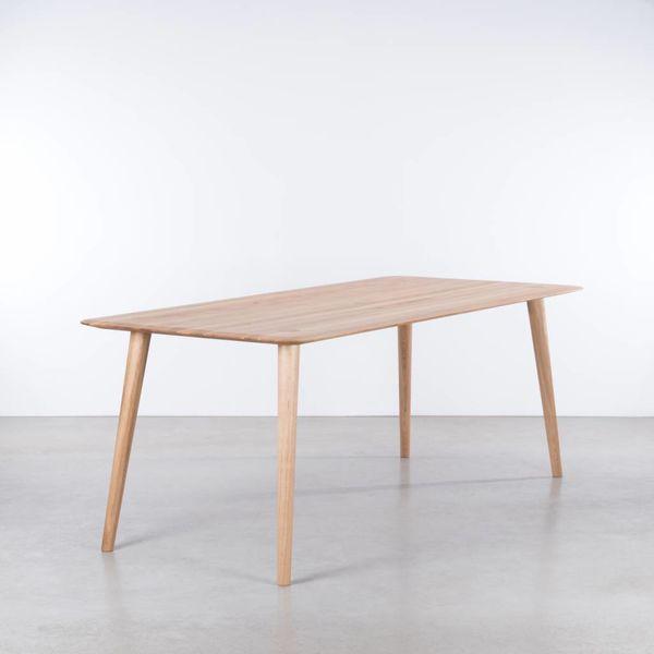 bSav & Okse Olger Table Oak