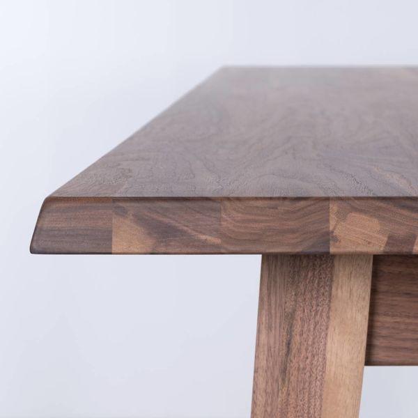 bSav & Økse Illum Table Walnut