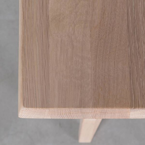 bSav & Økse Illum Table Oak Whitewash