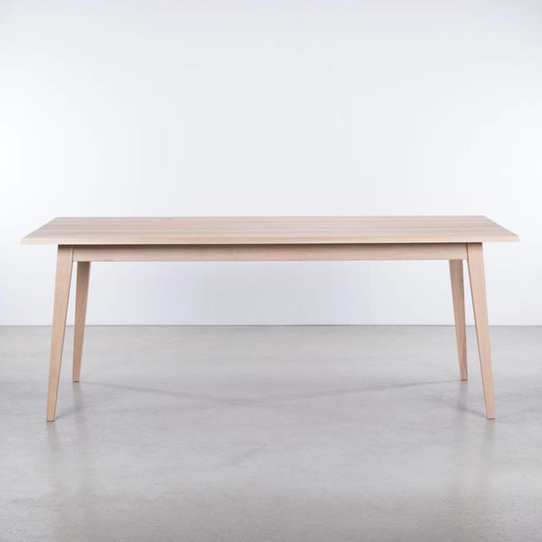 bSav & Okse Illum Table Oak Whitewash