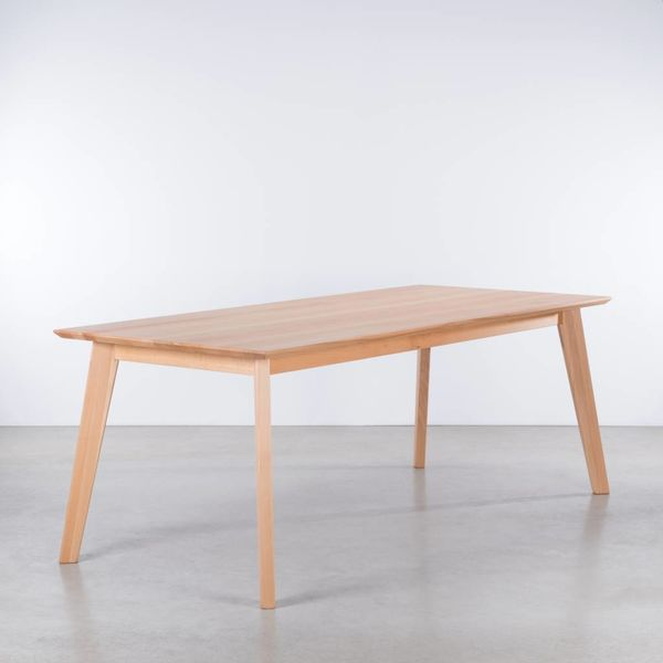 bSav & Okse  Gunni table Beech