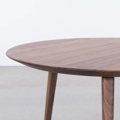 Sav & Okse Tomrer Coffee table Round 70 Walnut matt lacquered