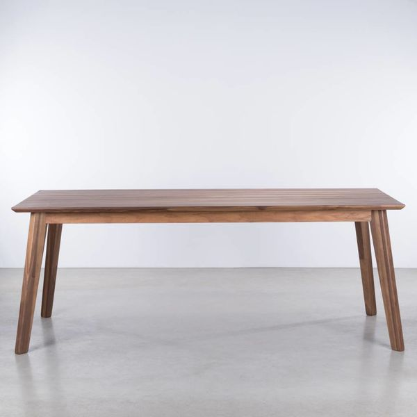 bSav & Okse Gunni table extendable walnut
