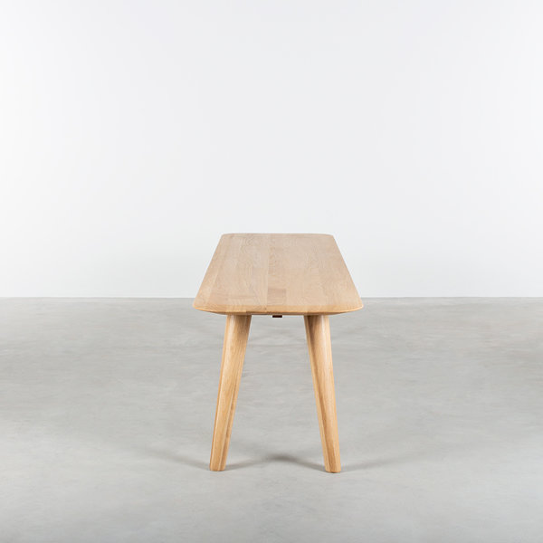 bSav & Okse Olger dining room bench oak