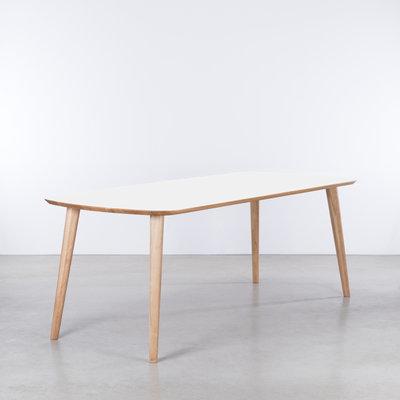 Sav & Økse Tomrer Table White Fenix top - Oak legs