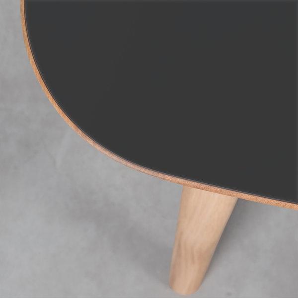bSav & Okse Tomrer Tafel zwart Fenix blad - Eiken poten