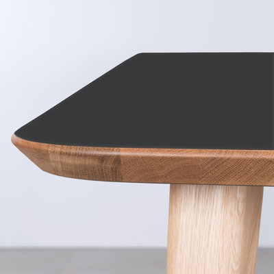 Sav & Okse Tomrer Tafel Zwart Fenix blad - Eiken poten