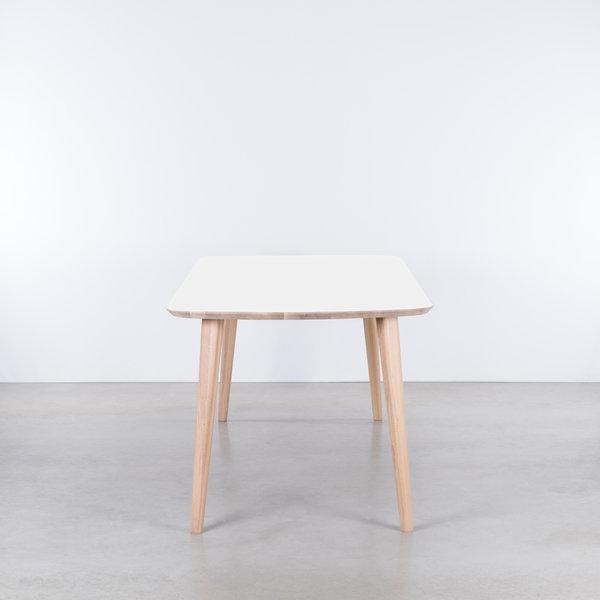 bSav & Okse Tomrer Table White Fenix top - Oak Whitewash legs