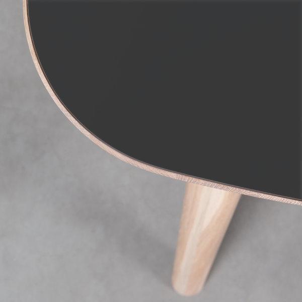 bSav & Okse Tomrer Tafel Zwart Fenix blad - Eiken Whitewash poten
