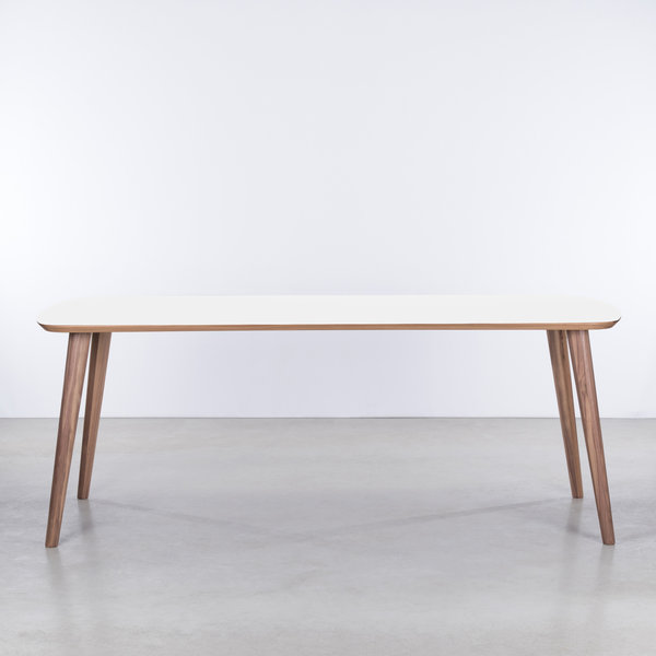 bSav & Okse Tomrer Table White Fenix top - Walnut legs