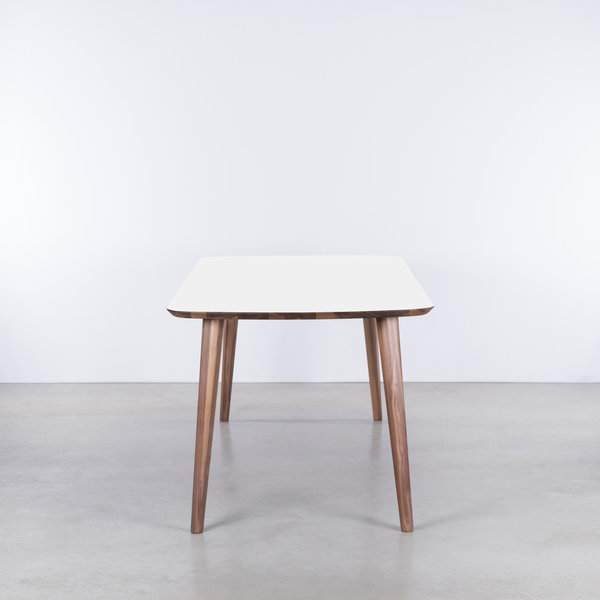 bSav & Okse Tomrer Tafel Wit Fenix blad - Walnoot poten