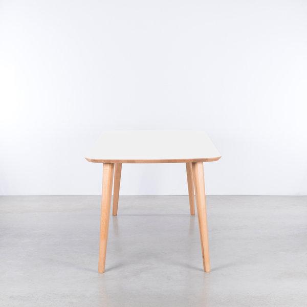 bSav & Økse Tomrer Table White Fenix Top - Beech Legs