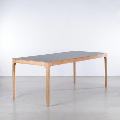 Sav & Økse Rikke Table Basalt Gray Fenix Leaf - Oak Legs