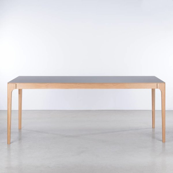 bSav & Okse Rikke Table Basalt gray Fenix top - Oak legs