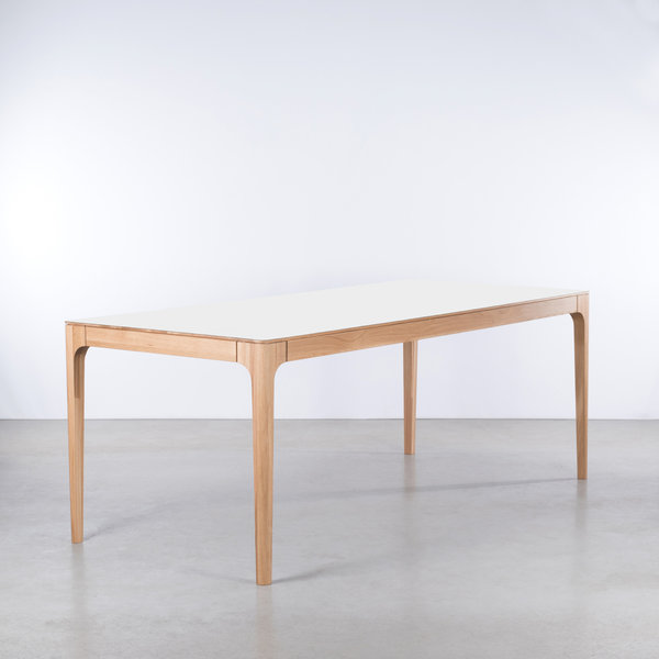 bSav & Økse Rikke Table White Fenix Top - Oak Legs