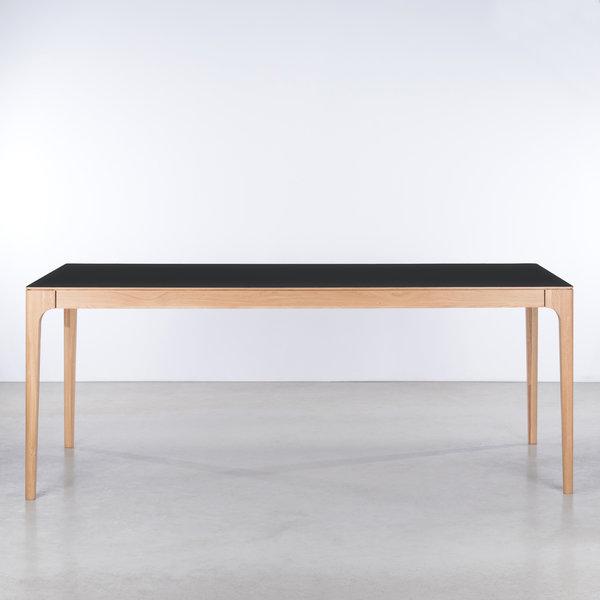 bSav & Okse Rikke Table black Fenix top - Oak legs