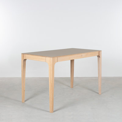Sav & Økse Rikke Desk Oak Whitewash with Fenix