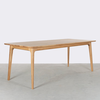Sav & Økse Fjerre Table Oak