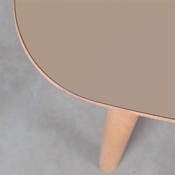 bSav & Økse Tomrer Table Clay Gray Fenix top - Beech Legs