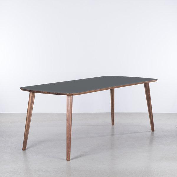 bSav & Økse Tomrer Table Basalt gray Fenix top - Walnut legs