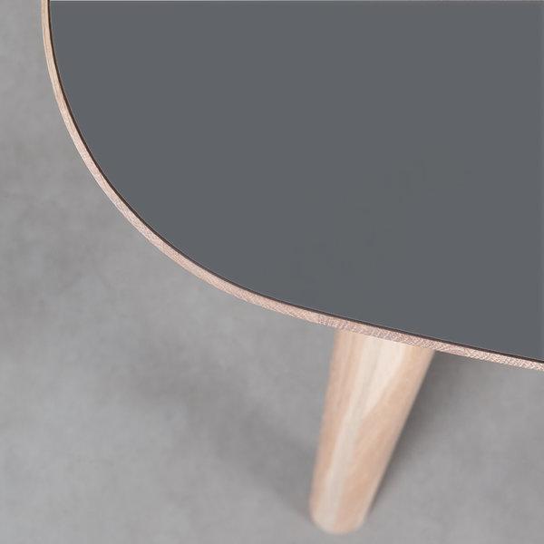 bSav & Økse Tomrer Table Basalt gray Fenix top - Oak Whitewash legs