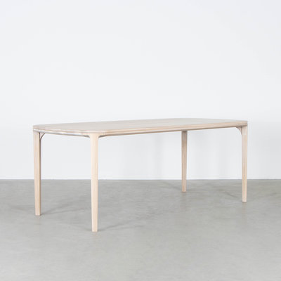 Sav & Økse Onni Table Oak Whitewash