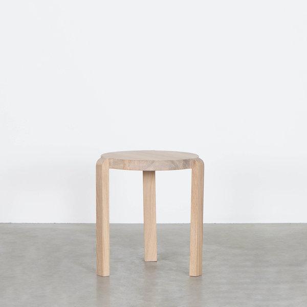 bSav & Økse Fraek Side table Oak Whitewash
