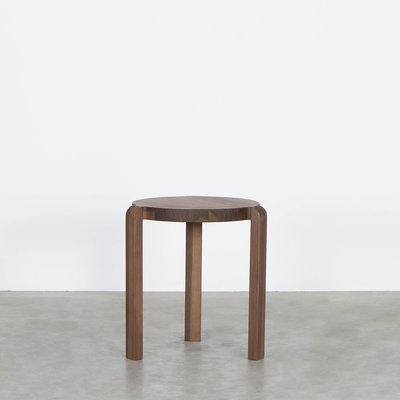 Sav & Økse Fraek Side table Walnut
