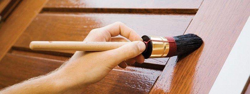 Hoe moet je een deur schilderen?