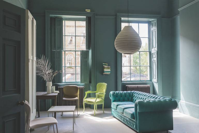 Uitzonderlijk Verfinspiratie: 5 tips voor meer kleur in de woonkamer @MQ97
