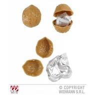 Condooms in een walnoot