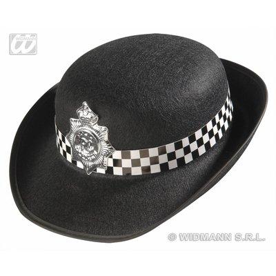 Hoedje voor de politievrouw