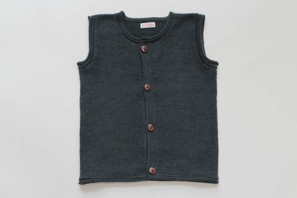 Alpaca sweater vest olive green