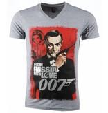 Local Fanatic T-shirt - James Bond From Russia 007 Print - Grijs