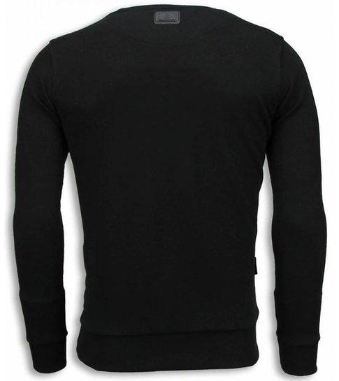 Local Fanatic McGregor Knock Out - Digital Rhinestone Sweater - Zwart