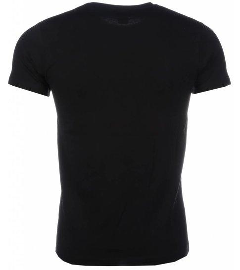 Local Fanatic T-shirt - The Ladies Love Me Print - Zwart