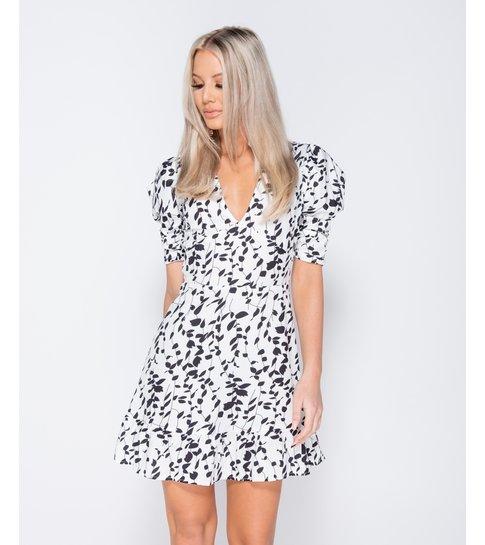 PARISIAN Printed Puff Sleeve Frill Hem V Neck Mini Dress  - Dames - Wit