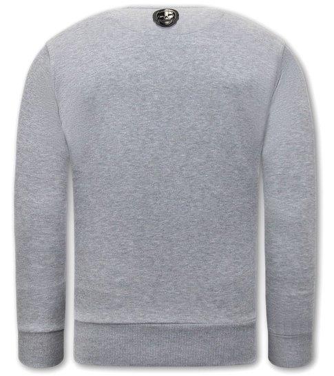 Local Fanatic Heren Sweater met Print - El Narco  - Grijs
