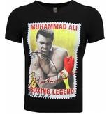 Local Fanatic T-shirt - Muhammad Ali Zegel Print - Zwart
