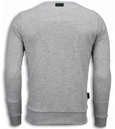Local Fanatic Muhammad Ali Newspaper - Sweater - Licht Grijs